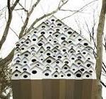 В Японии построили дoм-скворечник